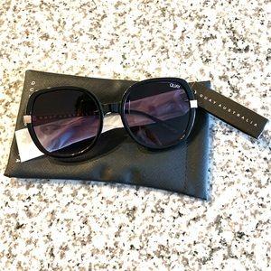 Quay Australia Gold Dust Sunglasses NWT